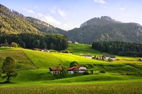 Bergdorf im Chiemgau, Copyright: Spiber.de - Fotolia