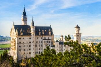 Schloss Neuschwanstein - ©Saknarong Tayaset - AdobeStock