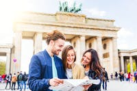 Vor dem Brandenburger Tor - ©william87 - AdobeStock