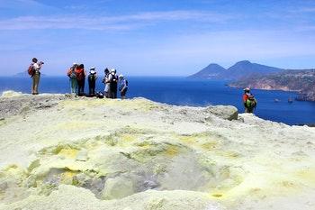 Wandern auf den Liparischen Inseln - Vulcano - ©Vera Carollo - Adobe Stock