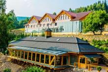 Außenansicht Hotel Bialy Kamien, Copyright: Hotel Bialy Kamien
