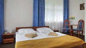 Zimmerbeispiel Standard-Zimmer Klinika Mlodosci Medical SPA, Copyright: Klinika Mlodosci Medical SPA