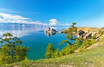 Baikalsee im Sommer - ©katvic - Fotolia