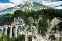 Glacier-Express - Fahrt über den Landwasserviadukt - ©Andrea Badrutt - Rhaetische Bahn