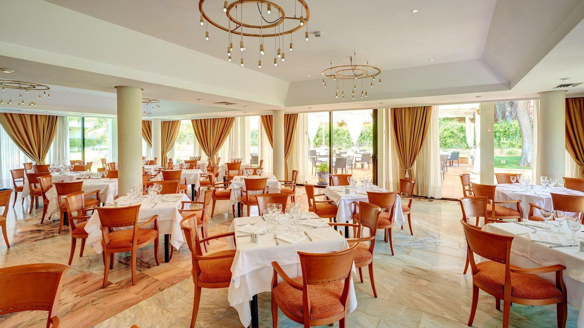 Amare Marbella Beach Hotel Andalusien
