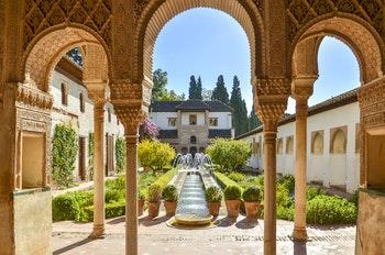 Die Alhambra in Granada - ©Stanislav Georgiev - Adobe Stock
