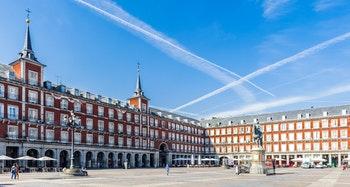 Der Plaza Mayor im Zentrum von Madrid - ©Anton Ivanov - Adobe Stock