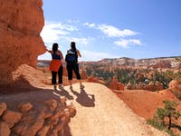 Wanderer am Bryce Canyon - ©Ints - Adobe Stock