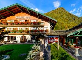 Reisebild: Urlaub in Deutschland - Steinbach-Hotel in Ruhpolding