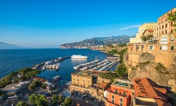 Amalfiküste - Panoramablick über Sorrent - ©©javarman - AdobeStock