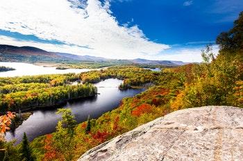 Indian Summer Quebec - ©Hummingbird Art - Adobe Stock