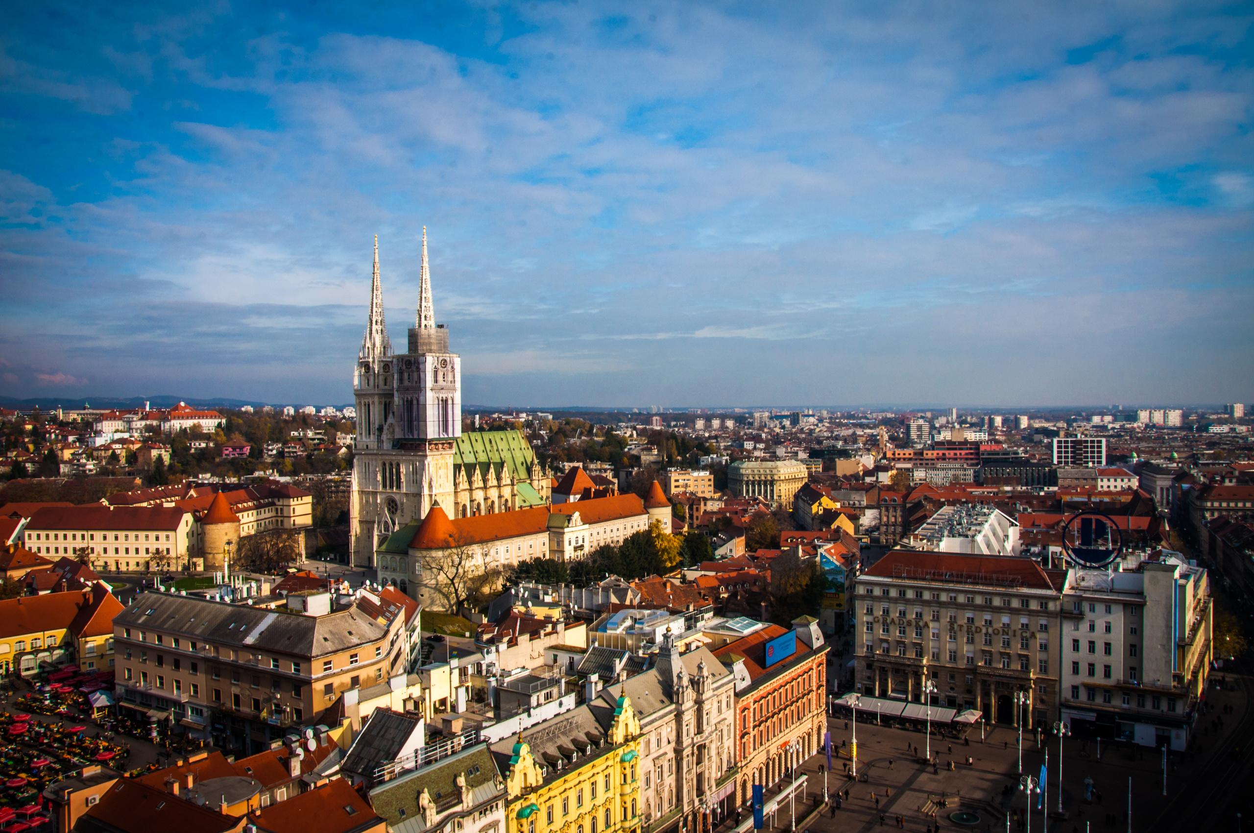 https://assets.eberhardt-travel.de/2017/Kroatien/53167_Zagreb_Original.jpg