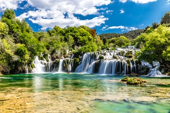 Wasserfall im Krka Nationalpark - ©zm_photo - AdobeStock