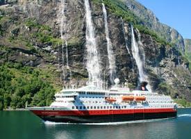 Reisebild: Kreuzfahrt in Norwegen mit Hurtigruten