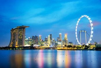 Singapur_Skyline_Abendstimmung - ©Delphotostock - Fotolia