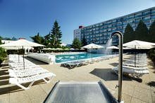 Dudince- Hotel Rubin - Außenpool, Copyright: Hotel Smaragd - Hotel Rubin