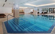 Der Pool des Hotels Hilton Prague, Copyright: Hilton Prague