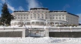 Jachymov - Kurhotel Radium Palace - Aussenansicht, Copyright: Lecebne lazne Jachymov a.s.