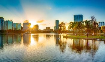 Sunset at Orlando - ©aiisha - AdobeStock