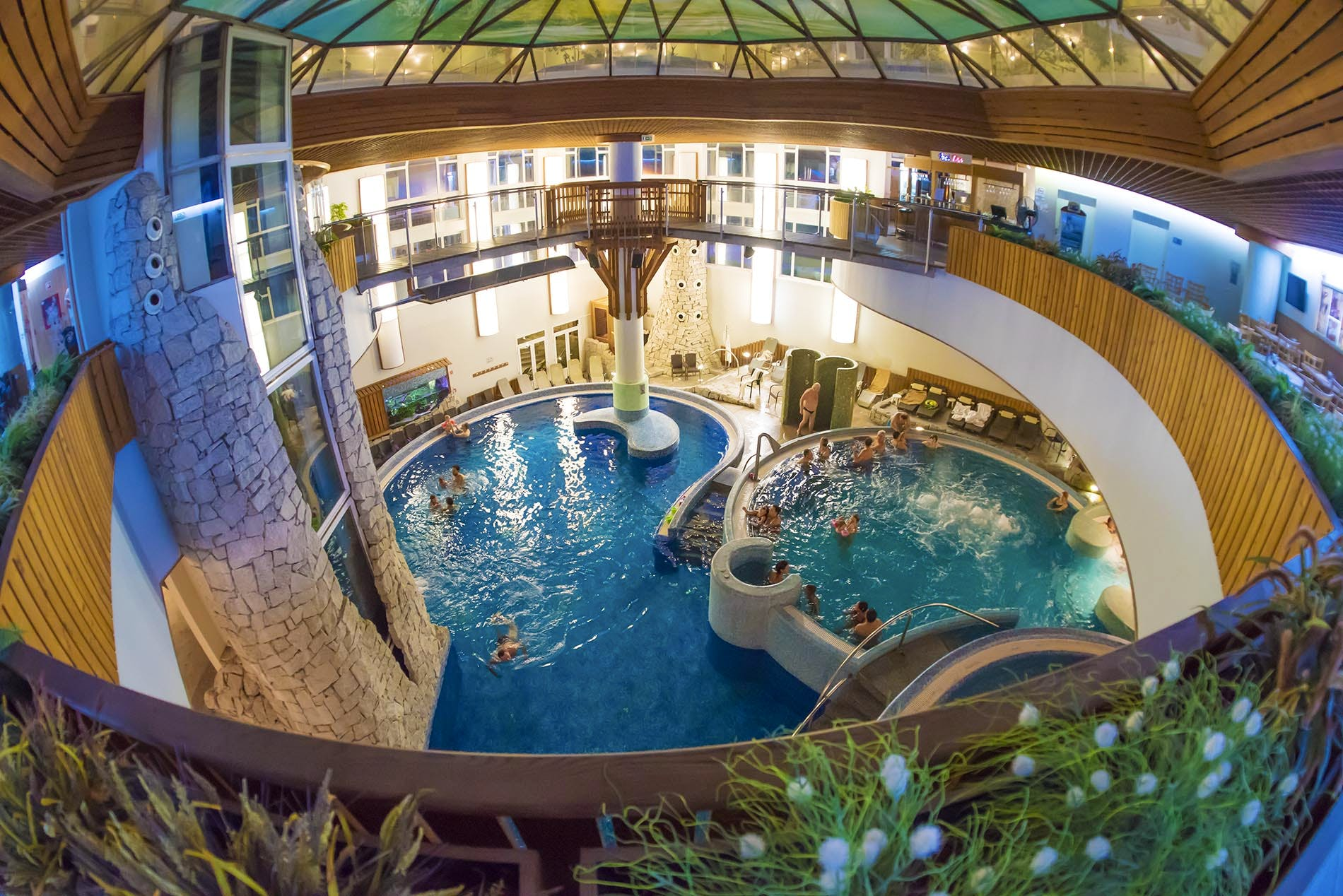Spa wellness hotel  Kur & Wellness in Ungarn - MenDan Magic Spa & Wellness Hotel in ...