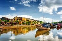 Wasserboote auf dem Thu Bon Fluss in Hoi An, Vietnam - ©efired - AdobeStock