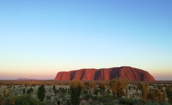 Sonnenaufgang am Ayers Rock - ©Eberhardt TRAVEL