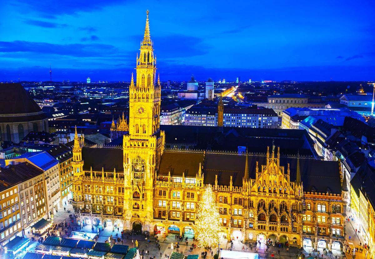 Weihnachtsessen In München.Single Weihnacht In München Saison 2019 Busreise Go Wwmuc