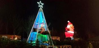 Jacobs Weihnachtsbaum Erlebniswelt Abend - ©Jacobs Weihnachtsbaum Erlebniswelt