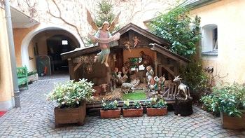 Straubing ist bekannt durch eine große Anzahl von Krippendarstellung zur Weihnachtszeit - ©Horst Hallfarth