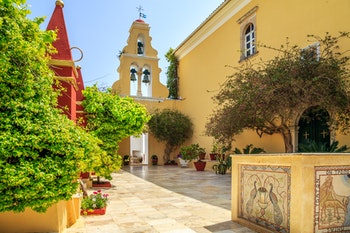 Kloster in Korfu - ©©Marcin Krzyzak - stock.adobe.com