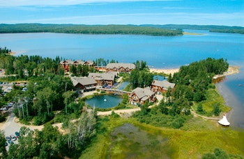Hotel Auberge du Lac Taureau - ©www.lactaureau.com