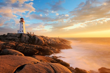 Light House at Peggy Cove at Sunset, Nova Scotia, Canada - ©©jayyuan - stock.adobe.com