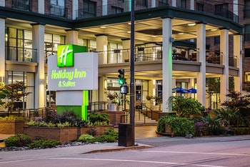 Holiday Inn & Suites Downtown Vancouver