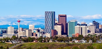 Calgary und Rocky Mountains - ©Henryk Sadura - Adobe Stock