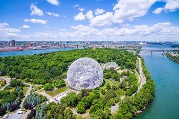 Biosphère und der St. Lawrence-Fluss in Montreal - ©R.M. Nunes - stock.adobe.com