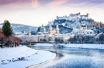 Salzburg im Winter - ©JFL Photography - Adobe Stock