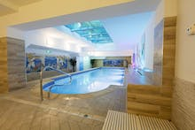 Schwimmbad Hotel St. Lukas, Copyright: Hotel St. Lukas