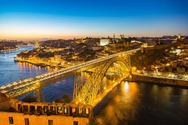 Briefe Nach Tschechien Porto : Silvesterreise nach porto in portugal saison