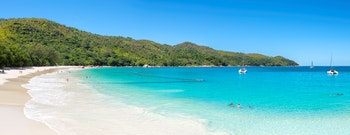 Panorama vom Anse Lazio Strand auf Praslin - ©lucky-photo - stock.adobe.com