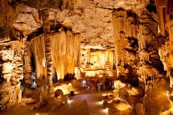 Cango Caves in der Nähe von Oudtshoorn - ©michaeljung - stock.adobe.com