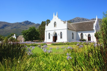 Franschhoek bei Kapstadt - ©Worldwide Pictures - stock.adobe.com