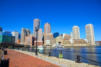 Waterfront in Boston, Massachusetts - ©Oleksandr Dibrova - Adobe Stock