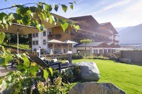 Sporthotel Brugger - Hotelgarten , Copyright: Sporthotel Brugger