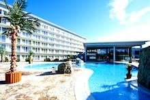 Hotel Ikar Plaza - Poollandschaft, Copyright: IdeaSpa