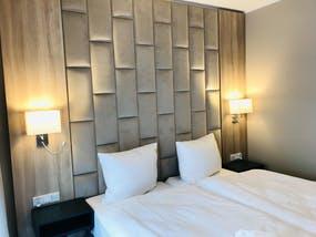 Hotel Trofana - Beispiel Doppelzimmer - 4-Sterne-Bereich, Copyright: Hotel Trofana Wellness & Spa