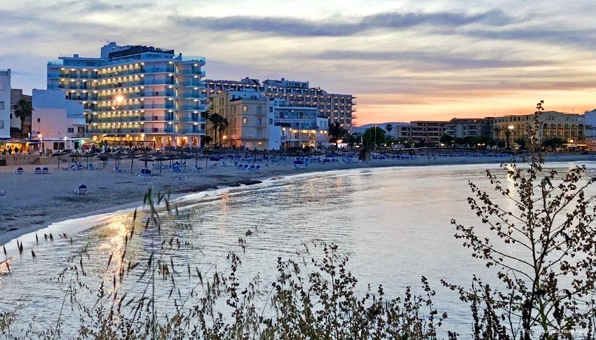 Gesundheitsurlaub Auf Mallorca Universal Hotel Perla In S Illot