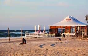 Strandbar vom Hotel Sandra Spa an der Ostsee, Copyright: Eberhardt TRAVEL - Kristin Weigel