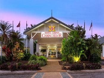 Grand Chancellor Palm Cove Resort