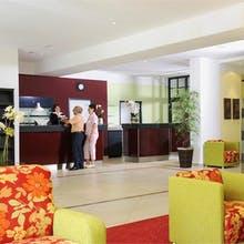 Hotel Phönix - Rezeption, Copyright: Johannesbad Hotels Bad Füssing GmbH