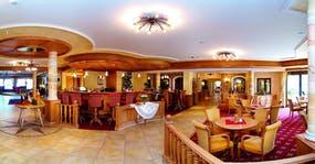 Bar und Lobby Hotel Pfandler in Pertisau, Copyright: Hotel Pfandler